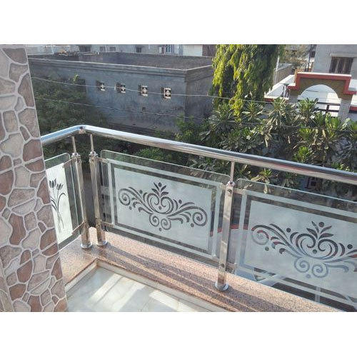 Silver SS And Glass Stainless Steel Glass Balcony Railings ...