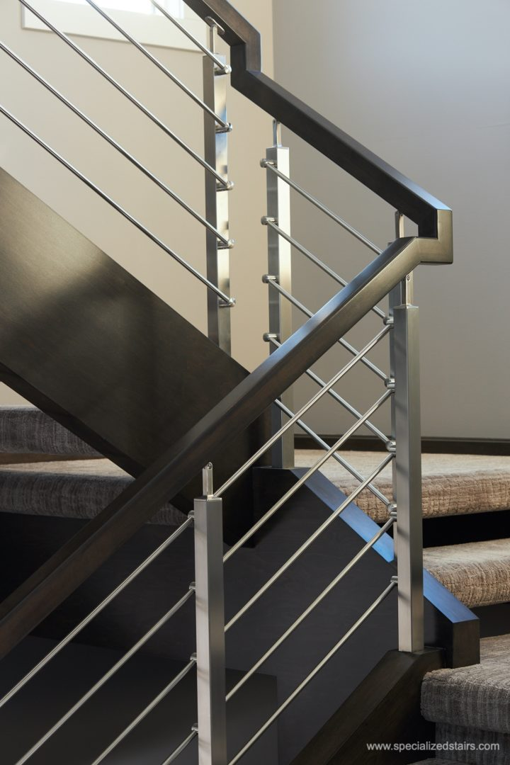 Maple with Horizontal Railing - Specialized Stair & Rail